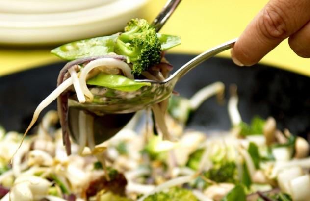 Wok met varkensgebraad en groenten